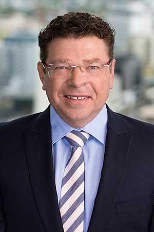 Portrait shot of Shaun Drabsch